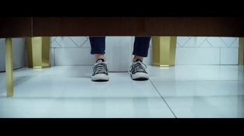 Hulu TV Spot, 'Never Upgrade to 3-Ply' Featuring Sarah Silverman, Song by Dillon Francis, Jarina De Marco - Thumbnail 1