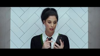 Hulu TV Spot, 'Never Upgrade to 3-Ply' Featuring Sarah Silverman, Song by Dillon Francis, Jarina De Marco - Thumbnail 7