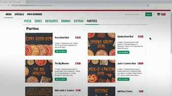 Papa John's Jack-O'-Lantern Pizza TV Spot, 'Halloween Party Offers' - Thumbnail 8