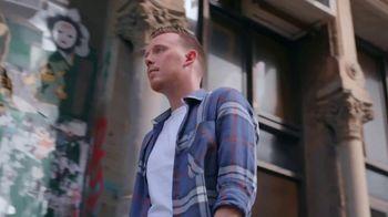 Poshmark TV Spot, 'Seth Fowler' - Thumbnail 1