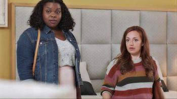 American Express Pay It Plan It TV Spot, 'Mattress Shopping' Featuring Tina Fey - Thumbnail 4