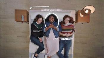 American Express Pay It Plan It TV Spot, 'Mattress Shopping' Featuring Tina Fey - Thumbnail 9