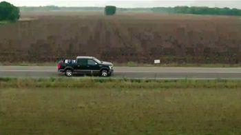 Ford F-150 Lariat TV Spot, 'Univision: ¿Conoces a Moses?' con Alan Tacher [Spanish] [T1] - Thumbnail 1