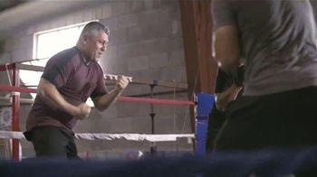 Ford F-150 Lariat TV Spot, 'Univision: ¿Conoces a Moses?' con Alan Tacher [Spanish] [T1] - Thumbnail 4