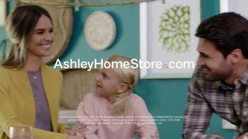 Ashley HomeStore Veterans Day Sale TV Spot, 'Beds & Tables' - Thumbnail 10