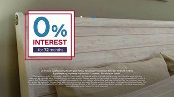 Ashley HomeStore Veterans Day Sale TV Spot, 'Beds & Tables' - Thumbnail 4