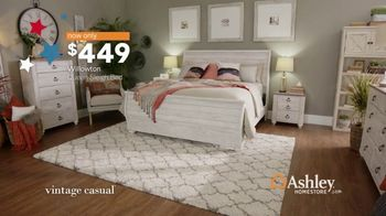 Ashley HomeStore Veterans Day Sale TV Spot, 'Beds & Tables' - Thumbnail 6