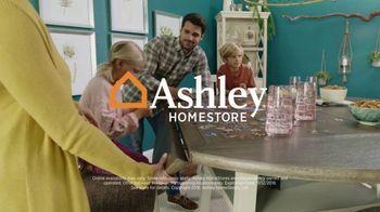 Ashley HomeStore Veterans Day Sale TV Spot, 'Beds & Tables' - Thumbnail 8