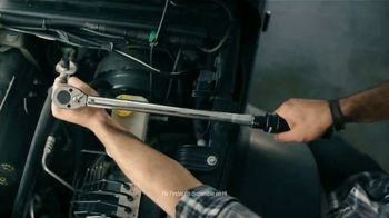 AutoZone TV Spot, 'Servicios gratis: más por ti' [Spanish] - Thumbnail 2