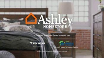 Ashley HomeStore Moonlight Madness TV Spot, 'Friday Only' - Thumbnail 5