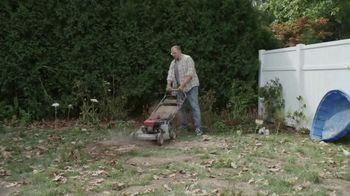 Lowe's Labor Day Savings TV Spot, 'Backyard Moment: Premium Mulch' - Thumbnail 1