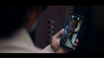 Spectrum Mobile TV Spot, 'Remember' [Spanish] - Thumbnail 6