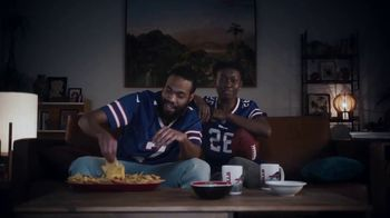Old Spice TV Spot, 'Chip Replacement' - Thumbnail 3
