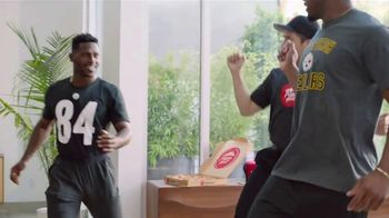 Pizza Hut TV Spot, 'Get Your End Zone Dance Ready' Feat. Antonio Brown - Thumbnail 6