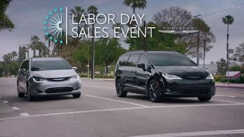 Chrysler Labor Day Sales Event TV Spot, 'Shallow Thoughts: On the Road' [T2] - Thumbnail 1