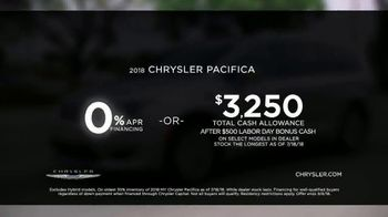 Chrysler Labor Day Sales Event TV Spot, 'Shallow Thoughts: On the Road' [T2] - Thumbnail 4