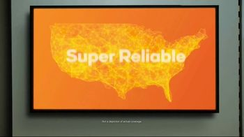 Boost Mobile Unlimited Gigs TV Spot, 'Watch Whatever You Want' - Thumbnail 7