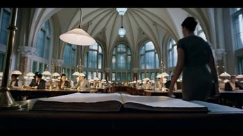 Experian Financial Profile TV Spot, 'Library' - Thumbnail 5