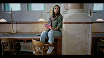 Experian Financial Profile TV Spot, 'Library' - Thumbnail 8