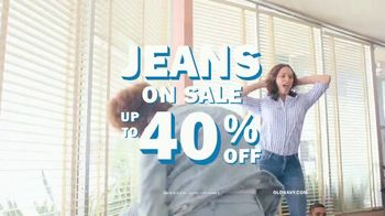 Old Navy TV Spot, 'Denim for the Fam: 40 Percent' - Thumbnail 8