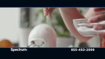 Spectrum Best Deal Days TV Spot, 'TV, Internet & Voice' - Thumbnail 5