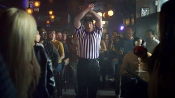 Crown Royal TV Spot, 'Water Break at the Bar' - Thumbnail 3