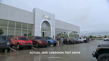 Jeep Adventure Days Event TV Spot, 'Ultimate Test Drive: Bear' [T1] - Thumbnail 1