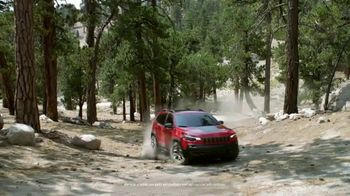 Jeep Adventure Days Event TV Spot, 'Ultimate Test Drive: Bear' [T1] - Thumbnail 5