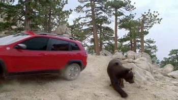 Jeep Adventure Days Event TV Spot, 'Ultimate Test Drive: Bear' [T1] - Thumbnail 8