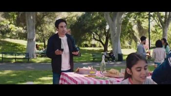 Verizon TV Spot, 'BBQ Jams: Samsung Galaxy J3V' - Thumbnail 1