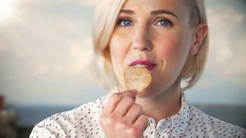 Lay's Tastes of America TV Spot, 'Cross-Country Journey' Feat. Hannah Hart - Thumbnail 4