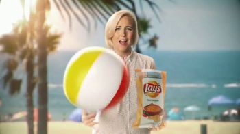 Lay's Tastes of America TV Spot, 'Cross-Country Journey' Feat. Hannah Hart - Thumbnail 7