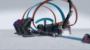 Hot Wheels Corkscrew Crash TV Spot, 'Epic Crash' - Thumbnail 2