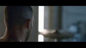 Yves Saint Laurent Y TV Spot, 'Masculine' Featuring Adam Levine - Thumbnail 4