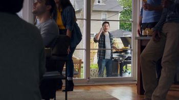 Corona Extra TV Spot, 'King of the Grill' Featuring Tony Romo - 146 commercial airings