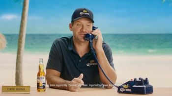 Corona Extra TV Spot, 'King of the Grill' Featuring Tony Romo - Thumbnail 9