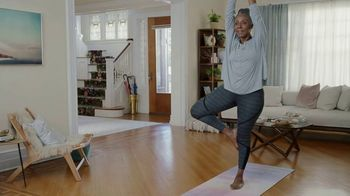 Anthem Medicare TV Spot, 'Yoga' Featuring Téa Leoni - Thumbnail 9