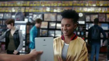 Samsung Galaxy Note9 TV Spot, 'Level Up' Featuring Travis Scott, Ninja - Thumbnail 3