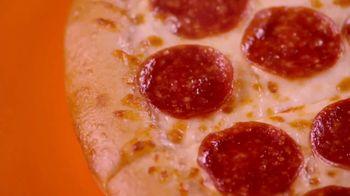 Little Caesars Pizza Hot-N-Ready Large Classic TV Spot, 'Dame cinco' [Spanish] - Thumbnail 4