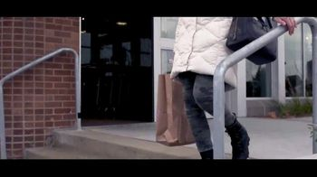 Scheels TV Spot, 'Warm Up the Winter' Song by Last Night Riot - Thumbnail 6