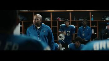 DIRECTV TV Spot, 'Locker Room' - Thumbnail 3