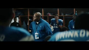 DIRECTV TV Spot, 'Locker Room' - Thumbnail 8