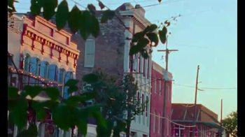 Tulane University TV Spot, 'Make a Difference' - Thumbnail 5