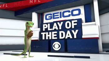 GEICO TV Spot, 'CBS Sports: Play of the Day: Unique View' - Thumbnail 8