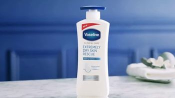 Vaseline Clinical Care Extremely Dry Skin Rescue TV Spot, 'What Healed Skin Can Do' - Thumbnail 1
