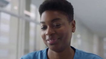 Vaseline Clinical Care Extremely Dry Skin Rescue TV Spot, 'What Healed Skin Can Do' - Thumbnail 6