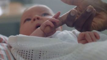 Vaseline Clinical Care Extremely Dry Skin Rescue TV Spot, 'What Healed Skin Can Do' - Thumbnail 8