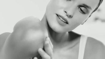 Eucerin Advanced Repair Cream TV Spot, 'Restoring Skin Moisture' - Thumbnail 2