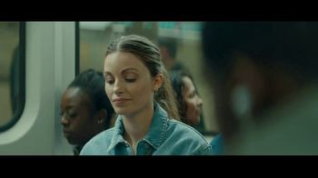 Audible Inc. TV Spot, 'Subway: Listen for a Change' - Thumbnail 5
