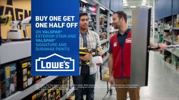 Lowe's TV Spot, 'Game Changer: Valspar Paints and Stains' - Thumbnail 10